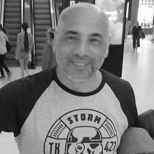 Rubén Gómez diseñador gráfico